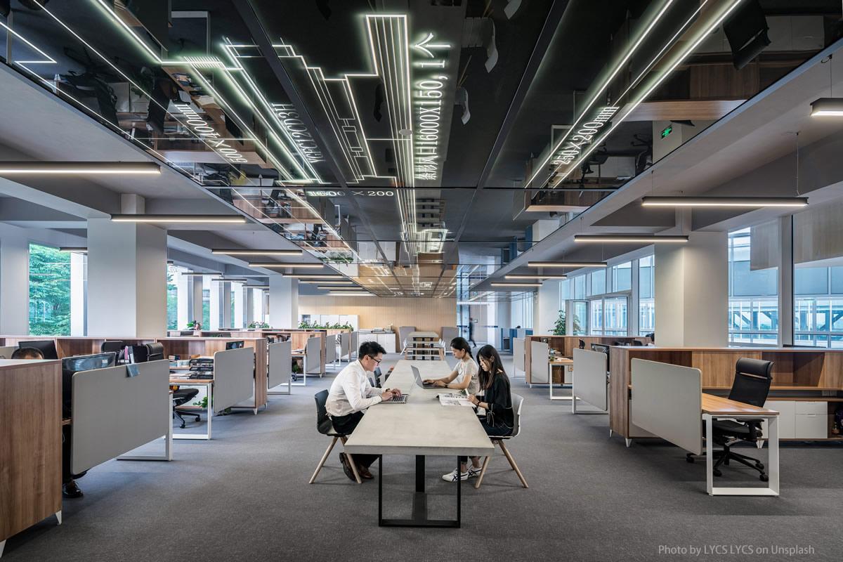 Kann / darf man Büromöbel online kaufen?